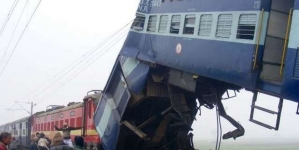 Train Accident in Northern India Leaves 10 Dead