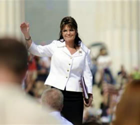 Beck, Palin urge patriotic values at D.C. rally