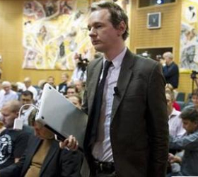 Swedish police to question WikiLeaks founder