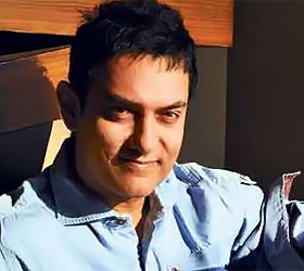 Aamir falls in love again!