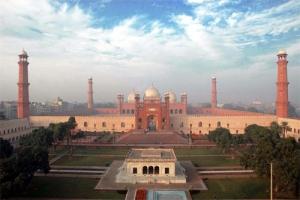 badshahi-mosque-lahore-2