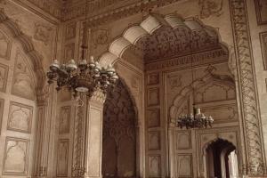 badshahi_mosque_in_lahore_pakistan_interior-3541