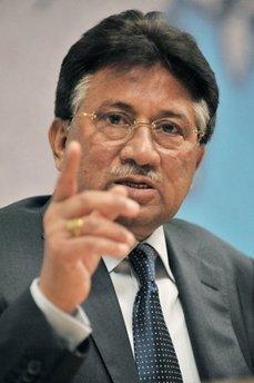 Musharraf eyes Pakistan presidency in political comeback