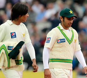 Give Pakistan cricket team a chance of redemption