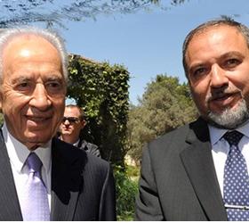Israeli FM hardens stance on settlements