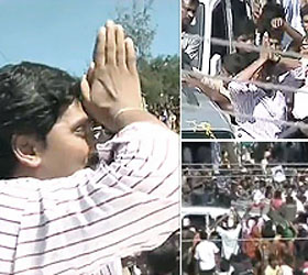 Jaganmohan Reddy leaves for Prakasam to resume 'Odarpu Yatra'