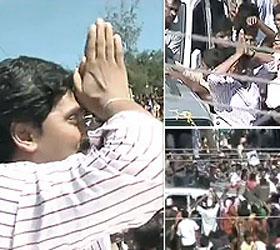 Jaganmohan Reddy leaves for Prakasam to resume 'Odarpu Yatra'