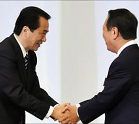 Japan PM Naoto Kan survives leadership challenge