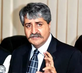 Naveed Qamar ensures smooth supply of petrol across the country