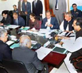 PM directs restructuring of Pakistan Railways on modern lines