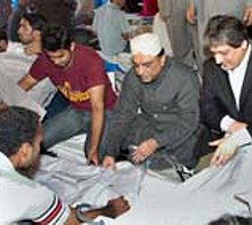President Zardari witnesses Eid gifts packing in Governor House