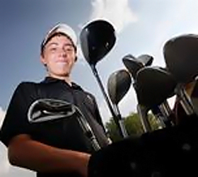 Teen golfer disqualifies self after win