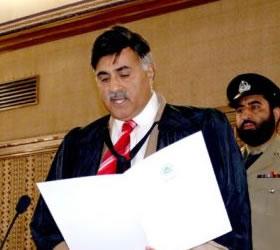 BA Speaker Annoyed Over Incomplete Quorum
