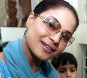 Kasab's ex-lawyer, Veena Malik to figure in 'Bigg Boss'