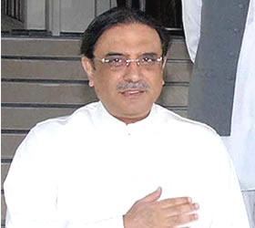 Opponents of PPP conspiring to snatch people's rights : Zardari