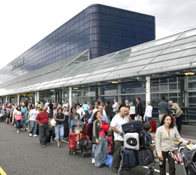 46 p.c. of international travellers not aware of potential health risks