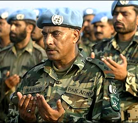 Army peacekeeping contingent returns