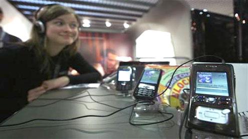 Atrinsic says Kazaa users can stream music on phones