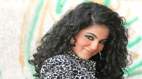 british-pakistani-singer-to-release-new-song-for-charity