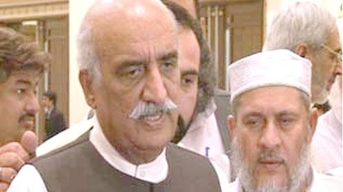 Hajj applications to be received till April 30: Khursheed