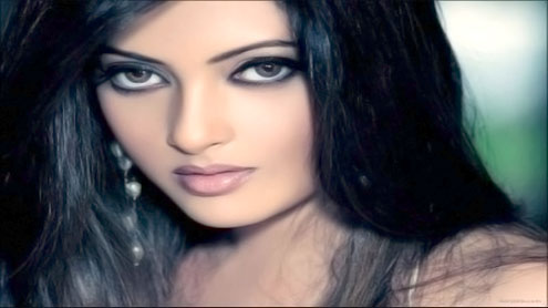 I use Facebook to my advantage: Riya Sen