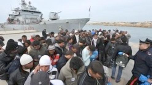 Italy blocks ferry of Moroccans fleeing Libya