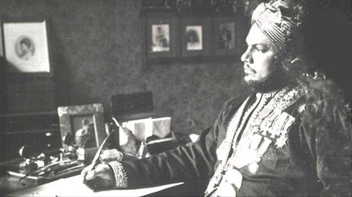 Queen Victoria and Abdul: Diaries reveal secrets