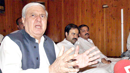 Sherpao proposes body for economic revival in KP
