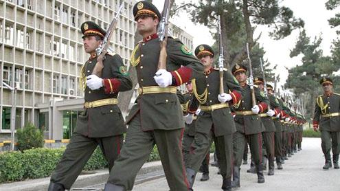 Taleban kidnap 50 Afghan cops