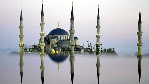 Be Muslim for a month in Istanbul: pray five times a day and fast