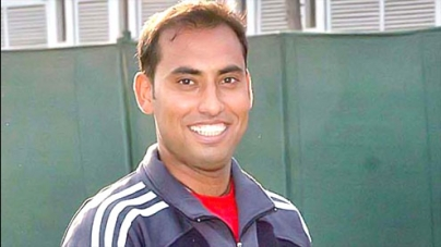 Easy sailing for top seed Aqeel Khan in Men singles semi-finals