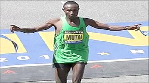 Geoffrey Mutai runs fastest ever marathon in Boston