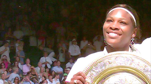 Serena Williams returns to tennis court after lay-off