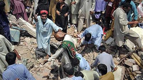 Blast kills 15 on Independence Day