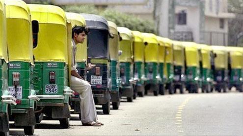 Delhi autorickshaws say no to satnav