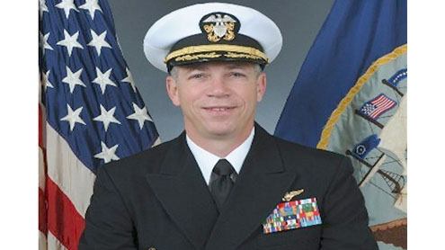 Panel: Captain who made videos can stay in Navy