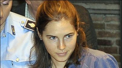 Amanda Knox freed: tears of joy as four-year nightmare is over