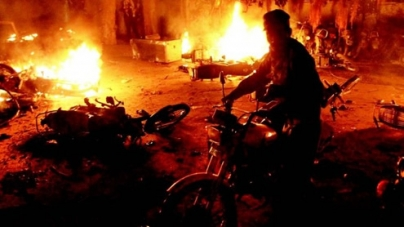 Angry protesters turn violent against power outages in Lahore