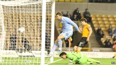 Wolverhampton   2 – 5   Man City