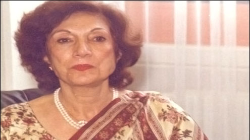 Nusrat Bhutto to be buried in Garhi Khuda Bakhsh on Monday