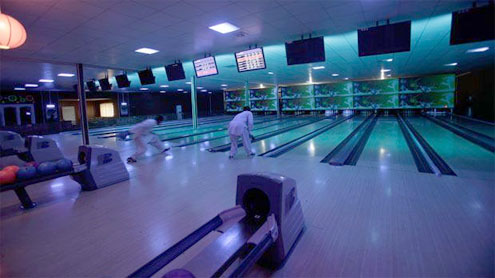 In Kabul, a bowling center offers respite from war