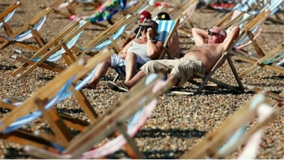 Britain to bask in hottest October ever as heatwave continues through the weekend
