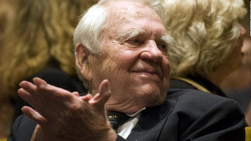 'Grouch-in-chief' Andy Rooney, 92, signs off from '60 Minutes'