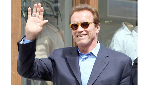 Schwarzenegger bruised and battered shooting movie
