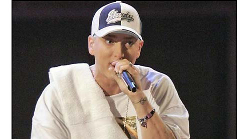 Eminem leads in American Music Awards