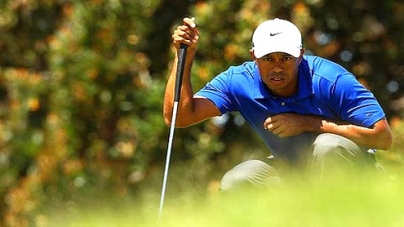 Tiger drops off the pace