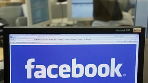 Facebook hit with unsolicited pornography, violent videos