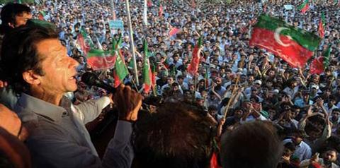 Big Names in Close Contact with Imran Khan