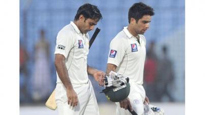Pakistan 132-0 at stumps against Bangladesh