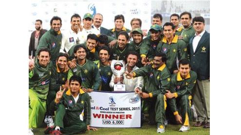 Rehman stars in Pak clean sweep
